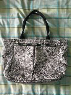 Authentic Lesportsac Black and White Tote Bag