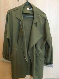 全新未穿軍綠外套