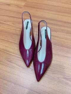 🚚 Zara 真皮尖頭鞋