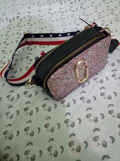 Marcjacob snapshoot glitter pink