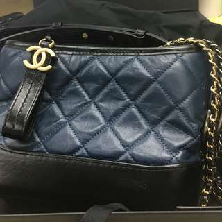 激減!! Chanel Hobo Bag Navy