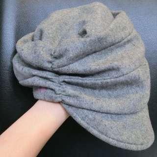 Pretty Grey hat