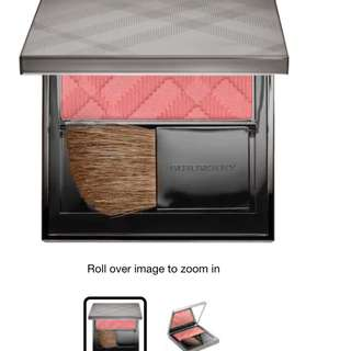BURBERRY Light Glow - Natural Blush in Blossom