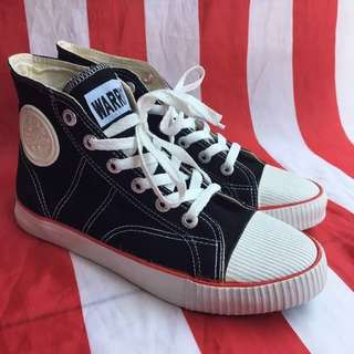 Sepatu warrior high and low original