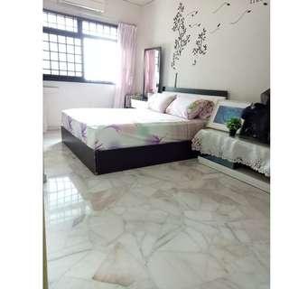 Woodlands Admiralty MRT room rental - queen or single bed