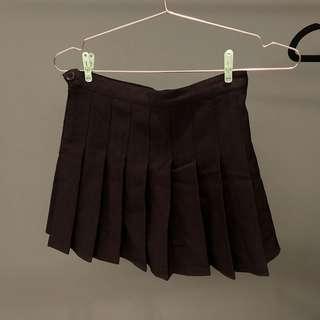 🚚 💚黑色百褶裙(裡面有褲子)