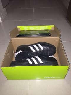 Adidas- Superstar Black