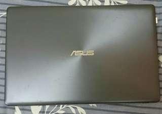 ASUS 獨顯 X550V i5 8G 筆電