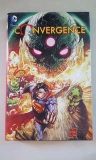 DC Comics: Convergence Hardcover Collection