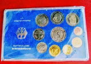 外國紀念幣兩盒