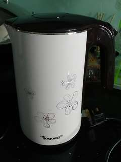 Toyomi electric kettle 1.5Ltr