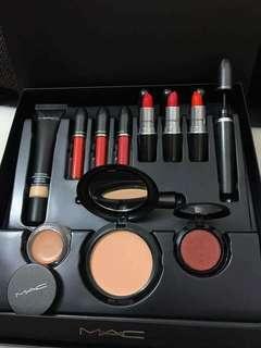 MAC Makeup Suit