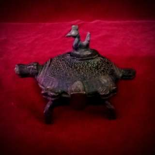 藏传佛教的珍藏  - 古铜绘唐卡颜料盒