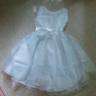 *kids* gown/dress