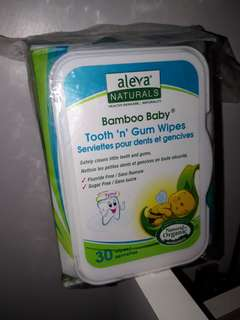Aleva NATURALS Bamboo Baby tooth 'n' gum wipe