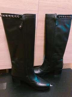 Chanel  Boots (原裝正貨,100%全新,原價$12,000,特價3200)Size:38.5