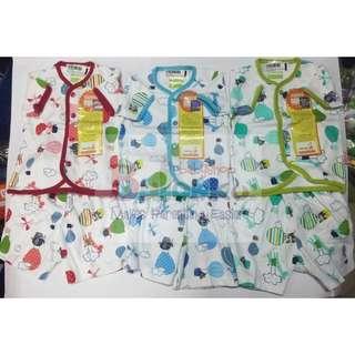 Baju setelan Velvet motif balon Uk M untuk 6-9bulan 1 seri dijual karena salah beli ukuran