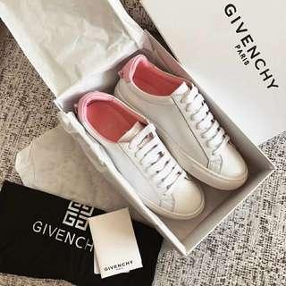 Givenchy粉紅後跟小白鞋
