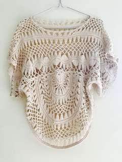 Keranca lace top