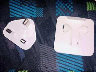 Apple Earpods, Travel Charger, Lightning Adapter