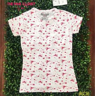 BERSHKA white blouse with pink roses🌹🌹🌹