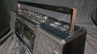 Aiwa boombox 1980's radio cassette player