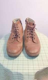 🚚 古董真皮皮鞋23.5號