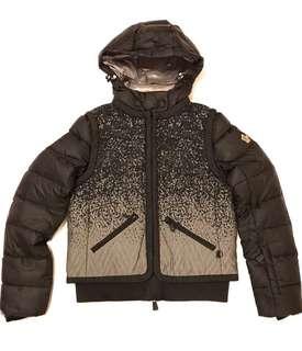 割‼️Moncler Jacket S Size