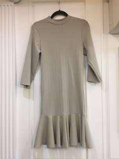 🚚 素米膚色韓系魚尾洋裝