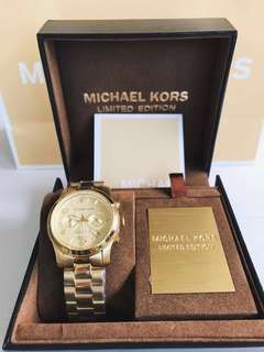 AUTHENTIC MK Watch Gold (Limited Edition)