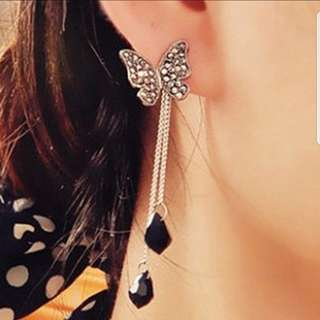 🎀Dangling Butterfly Earrings