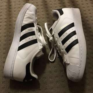 Adidas Superstar Size 8 Women's