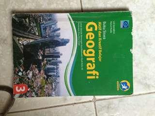 Buku geografi kelas 12