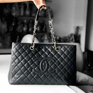 Authentic Chanel Black Caviar XL GST