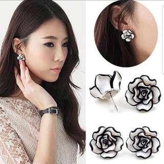 🎀Fashion Rose Earrings