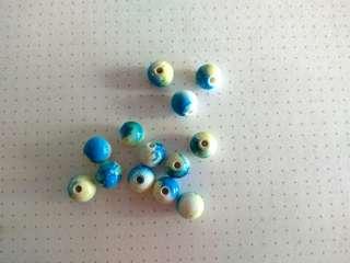 7mm blue & yellow-white round beads