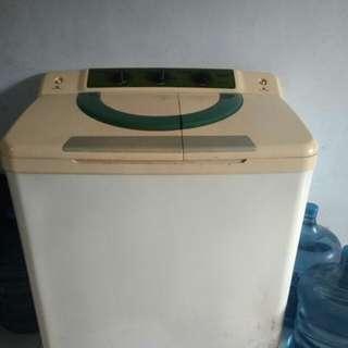 Mesin cuci sanken TW-1200
