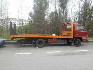 Lorry tow truck