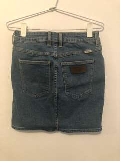 Wrangler hi mini skirt s10