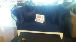 sofa clasick display