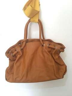 Carino Camel Shoulder bag from Japan