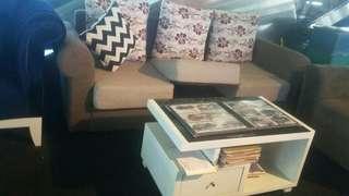 sofa tiga dudukan harga blm sama meja