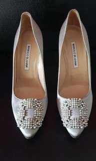 Authentic manolo heels size 38