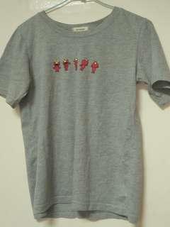 🚚 灰T-shirt