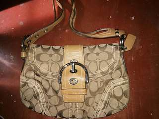 Pre loved coach bag from U.S.
