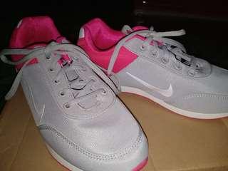 Nike shoes😍