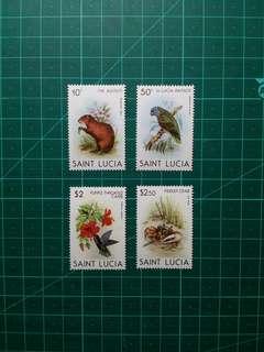 1981 聖露西亞 花與動物 新票一套