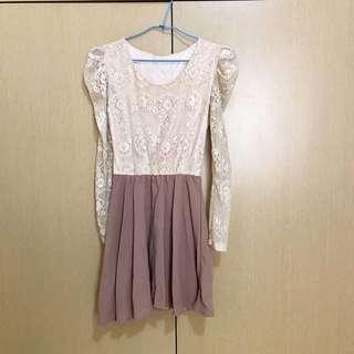 🚚 米色蕾絲洋裝 (附腰帶)