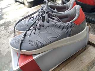 New Balance D CRT300RH Grey