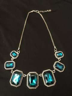 Brand new European vintage necklace